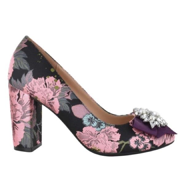 c43002cedfc0 Kelly   Katie Floral Embellished Block Heel Pump